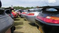 Un gros cul, une gueule de requinet des yeux de grenouille,voilà à quoiressemble la Porsche928… etc'est pour celà que jel'aime tellement! Pour une voiturelancée en...