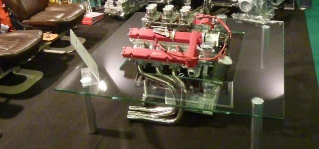 Une Table Basse A Moteur Ferrari Dino